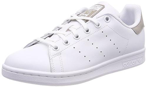 low priced 89ef1 00c4b adidas Stan Smith J, Scarpe da Fitness Unisex-Bambini, Bianco Ftwbla 000,
