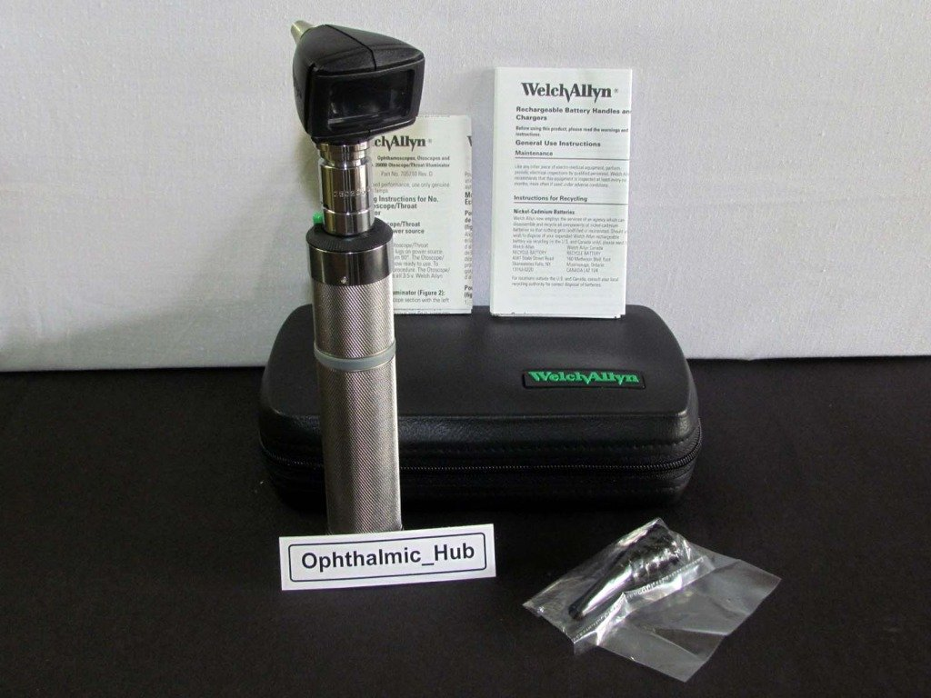 Welch Allyn 3.5v Diagnostic Otoscope Head & Specula with Dry Battery Handle in Soft Case 25280