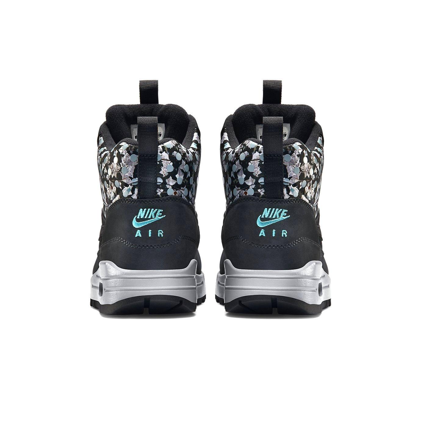 timeless design b6f6b a2a34 Nike Air Max 1 Mid Sneakerboot LB QS Womens Boot  Amazon.ca  Shoes    Handbags