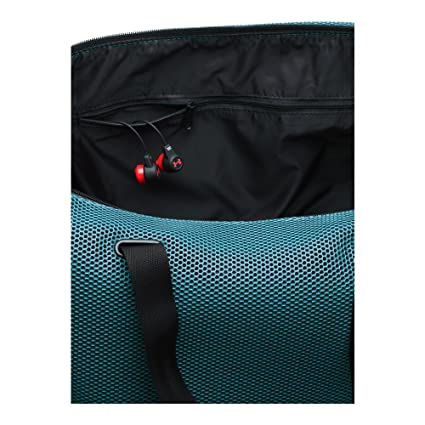 1ccb9b0f6d Amazon.com  Under Armour UA On The Run Tote OSFA MARLIN BLUE  Sports ...