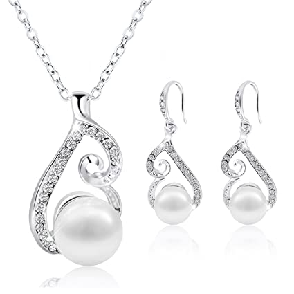 7983e64fcc Image Unavailable. Image not available for. Color: Morenitor Jewelry Set  Gold Plated Faux Pearl Pendant Necklace Dangle Earring ...