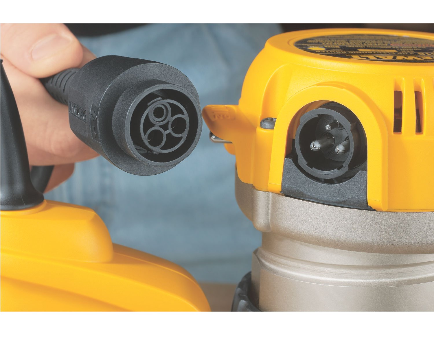 DEWALT DW618 2-1/4 HP Electronic Variable-Speed Fixed-Base Router by DEWALT (Image #4)