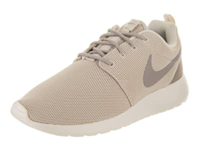 new product 34135 2d334 Nike Womens Roshe One Casual Shoe Light Orewood Brown (7 B(M ...