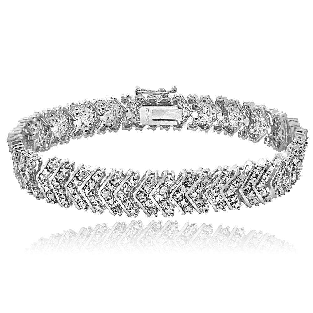 Women's 14K White Gold Finish 1 Carat TDW Diamond Chevron Bracelet in Brass (7.5 Inches)