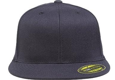 b7a1e5d71b6 Amazon.com  Flexfit Premium 210 Fitted Flat Brim Baseball Hat  Clothing