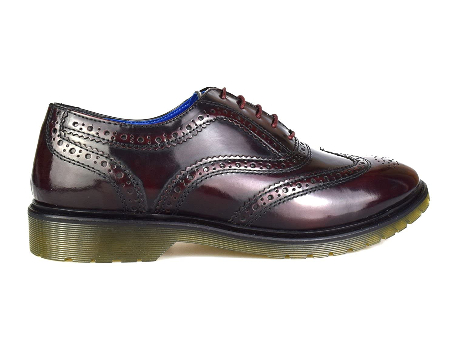 Brogues In Oxblood - Red Redtape LJBfCwyvCd