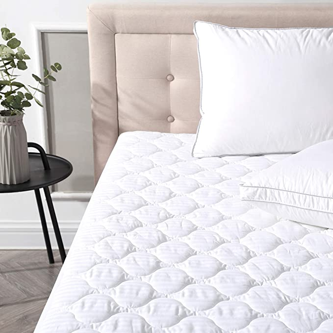 White Tadpoles Quilted Waterproof Mattress Cover Full