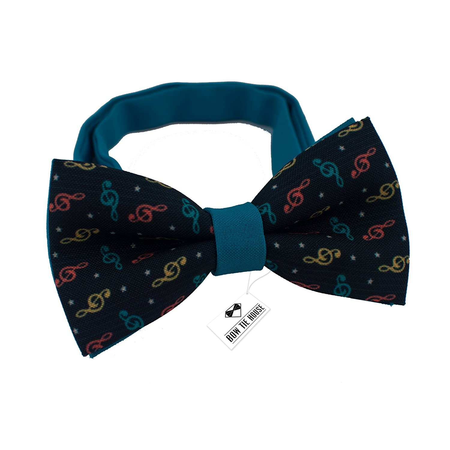 Bow Tie House Bright Purple bow tie with cats pre-tied shape unisex pattern