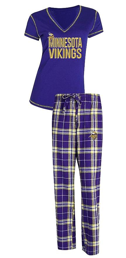fb670a57fa7 Amazon.com   Concepts Sport Minnesota Vikings NFL Super Duo Women s T-Shirt    Flannel Pajama Sleep Set   Sports   Outdoors