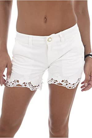shop biggest discount quality design Guess Short Lycia Bord Dentelle Blanc W82d38: Amazon.fr ...