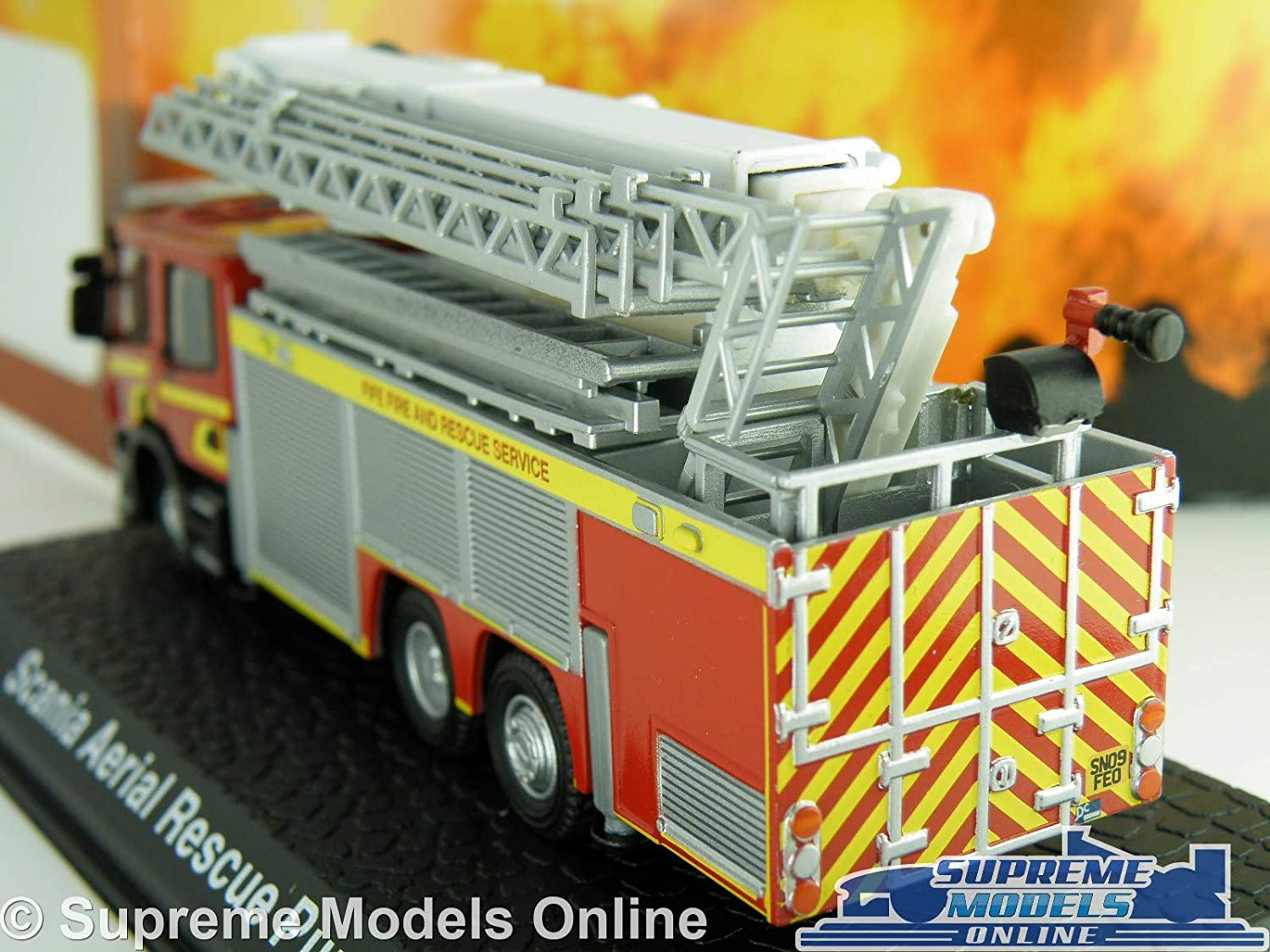 // Oxford, ATLAS 1//76 Scania CP28 Pump Ladder Fire Engines,British