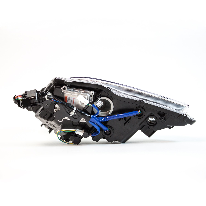 TYC 20-6825-01-1 Lexus Right Replacement Head Lamp