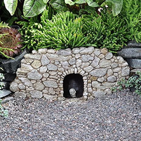 Amazon.com : Miniature Fairy Garden Fiddlehead Fairy Village Troll ...