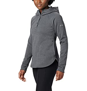 88935e841 Amazon.com: The North Face Women's Crescent Hooded Pullover: Clothing