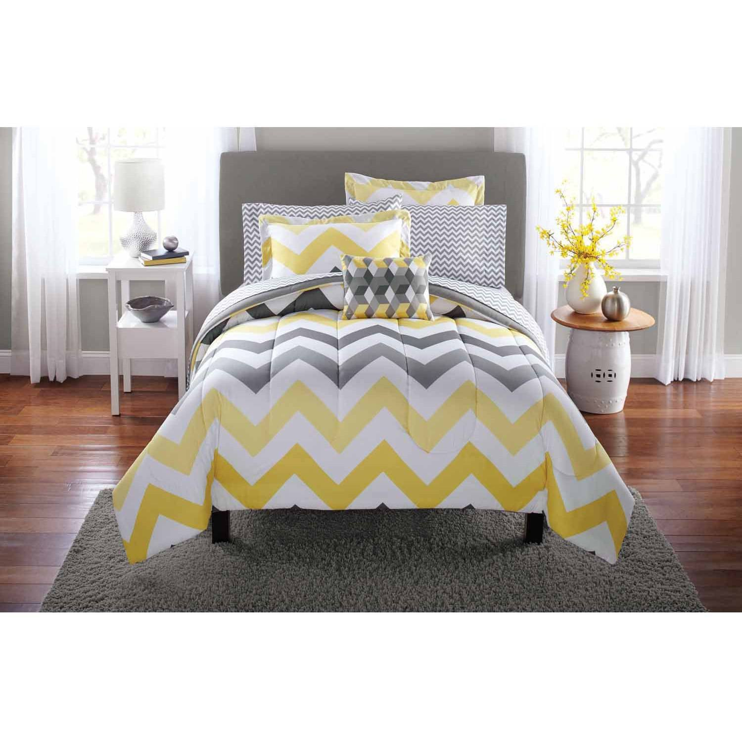 Mainstays Yellow Grey Chevron Bed in a Bag Bedding Comforter Set, Queen
