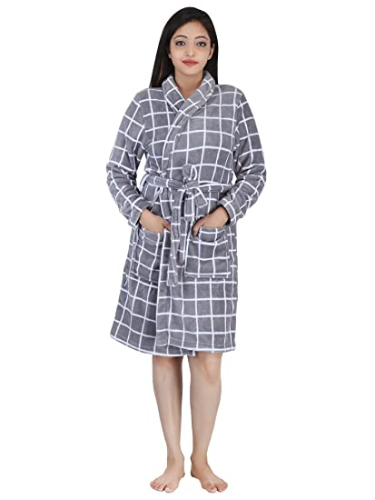 94c1bd7717 Buy Linenwalas Super Comfort Unisex Bath Gown Night Gown Pollar Fleece  Checks Bath Robe - Silver Grey   White - Medium Small Online at Low Prices  in India ...