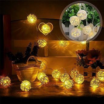 Guirnalda de luces LED con bolas de ratán para decoración de jardín, Navidad, fiestas, bodas, interior y exterior, funciona con pilas, 4 m, 20 bombillas: Amazon.es: Iluminación
