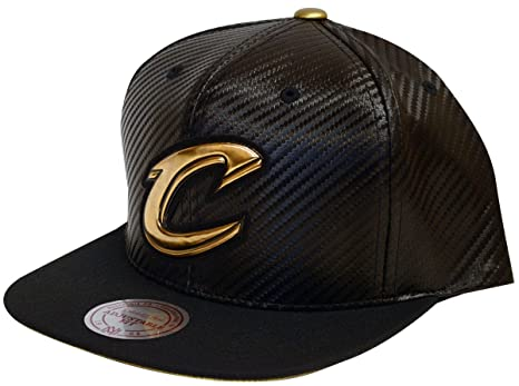 Amazon.com   Mitchell   Ness Cleveland Cavaliers Body Count Snapback ... 4ac9670be