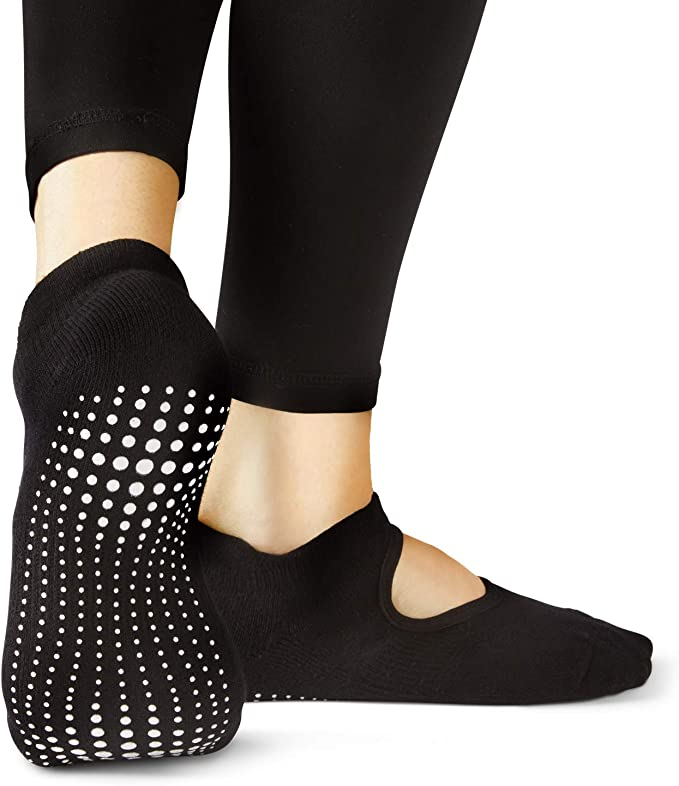 Amazon.com: LA Active Grip Socks - Yoga