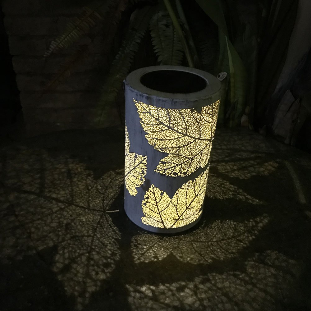 Garden Lantern Solar Lights,Vintage Palace Hanging LED Garden Lantern Flower Leaves Patten Hanging Lights for Garden, Courtyard, Wedding, Party, Bar, Cafe,Christmas,Wall,Table,Tree,Fence(暖白光,White)