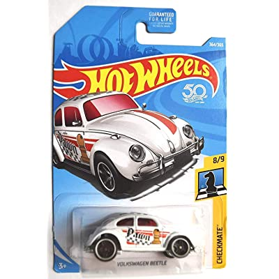 Hot Wheels 2020 50th Anniversary Checkmate Volkswagen Beetle (Pawn) 364/365, White: Toys & Games