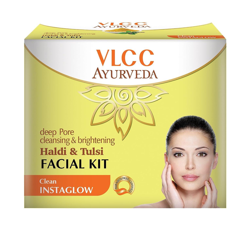 VLCC Ayurveda Deep Pore Cleansing And Brightening Haldi And