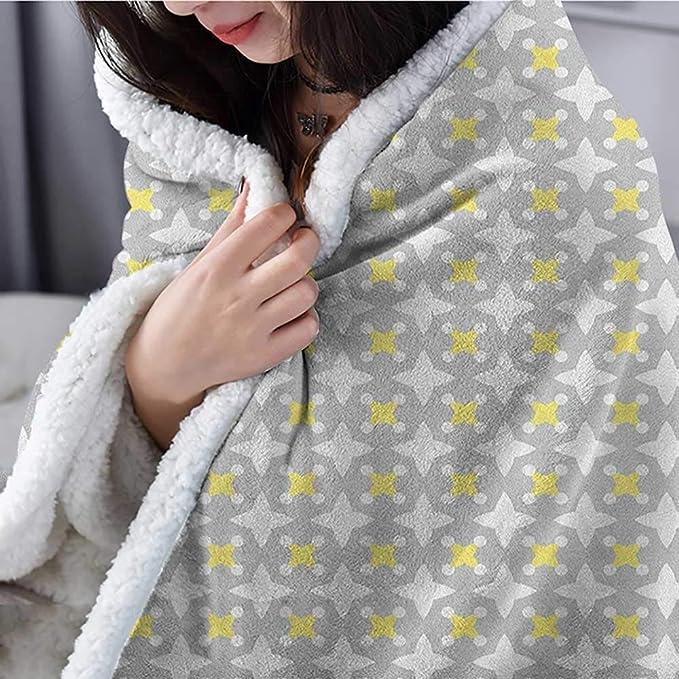 Amazon.com: Suchashome Manta gris y amarillo para todas las ...