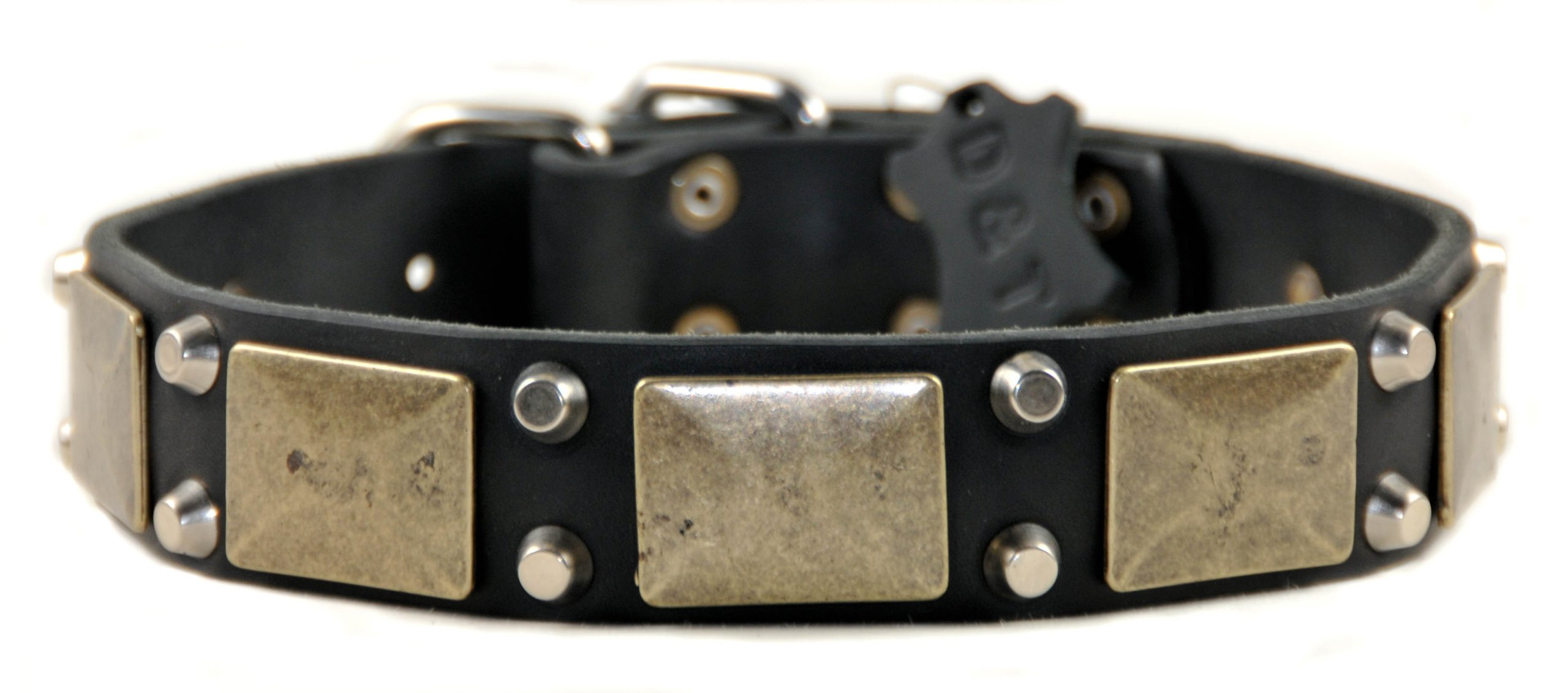 Dean and Tyler ''THE ANTIQUE'', Leather Dog Collar with Solid Brass Hardware - Black - Size 32-Inch by 1-1/2-Inch, Fits Neck 30-Inch to 34-Inch