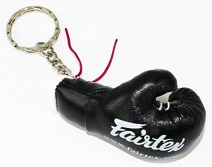 Amazon.com: Fairtex Guante de boxeo clave Cadena: Sports ...
