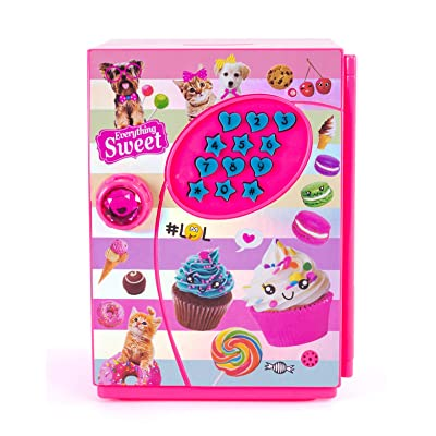 Hot Focus Piggy Bank – Sweet Crush Digital Money Safe Toy Bank with Electronic Password Lock – Batteries Included: Toys & Games