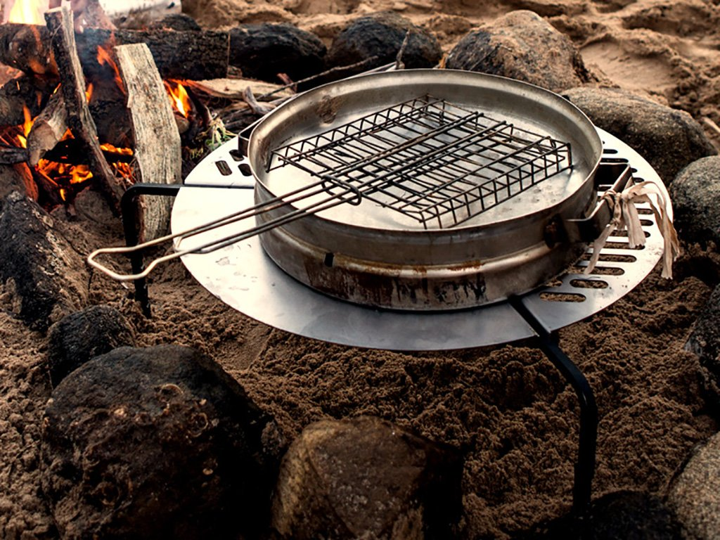 Spare Tire Mount Stainless Steel BBQ Campfire Cooking Grate for Tires up to 37'' - by Front Runner by Front Runner (Image #6)