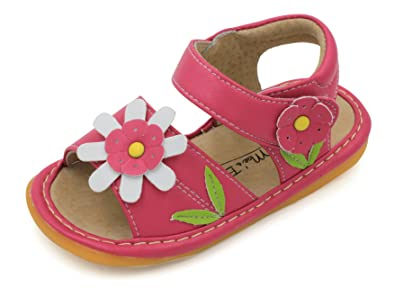 Amazon little maes boutique hot pink with white flower little maes boutique hot pink with white flower toddler girl squeaky sandal shoes mightylinksfo