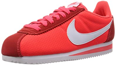 Nike Women's WMNS Classic Cortez Nylon Sneakers Red Size: 2.5