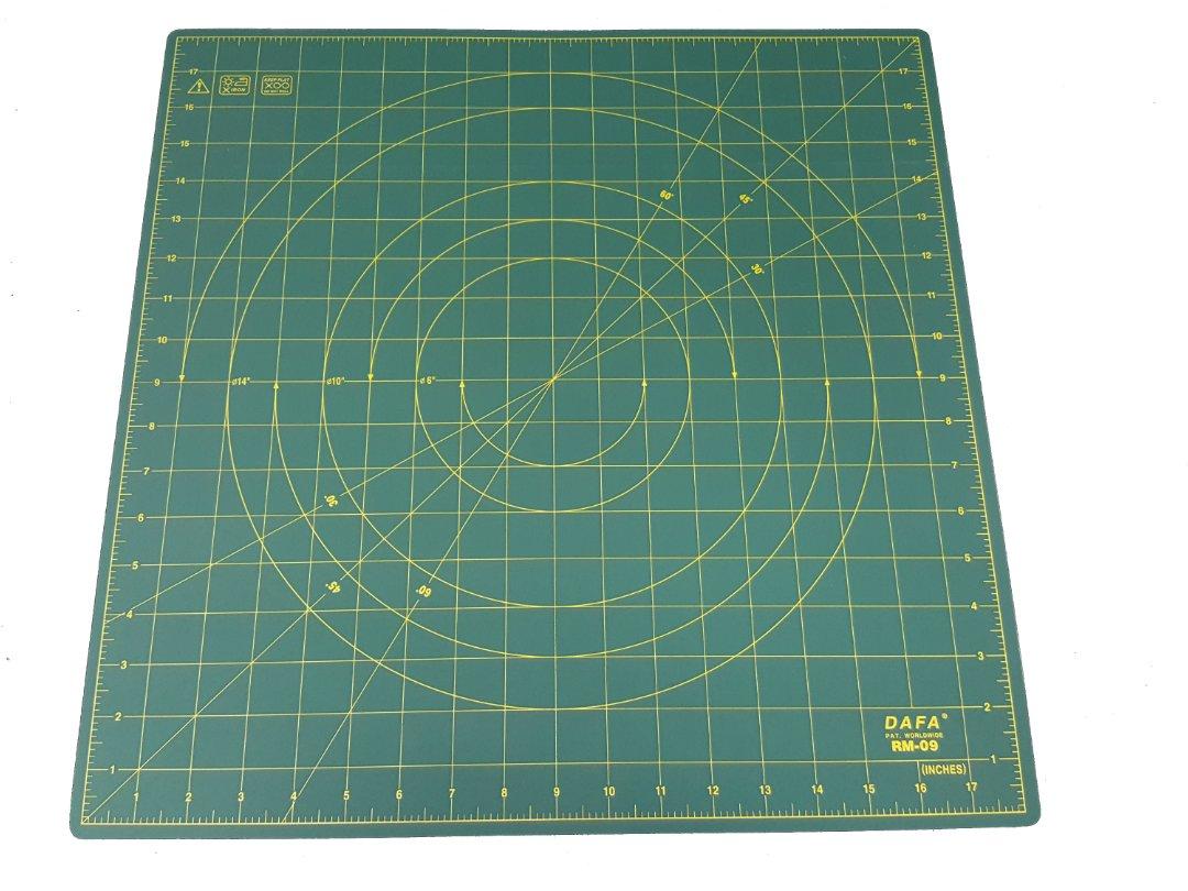 DAFA 360° Rotating Self Healing Cutting Mat 18
