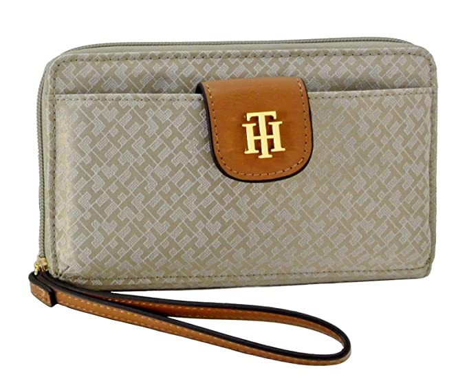 52014e9908d Amazon.com: Tommy Hilfiger Women's Wallet -Cell Phone Wristlet (Beige/Tan):  Everything Else