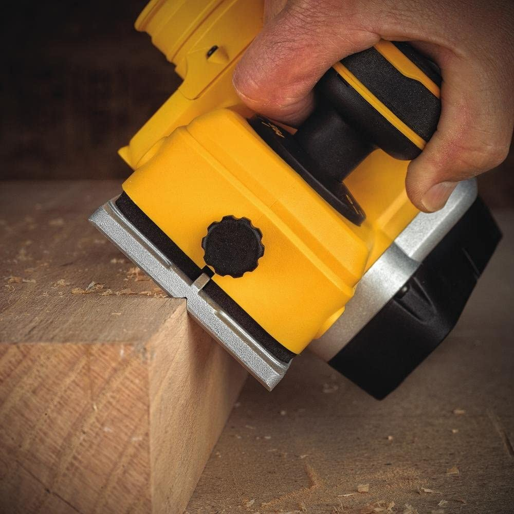 DEWALT DCP580B Electric Hand Planers product image 6