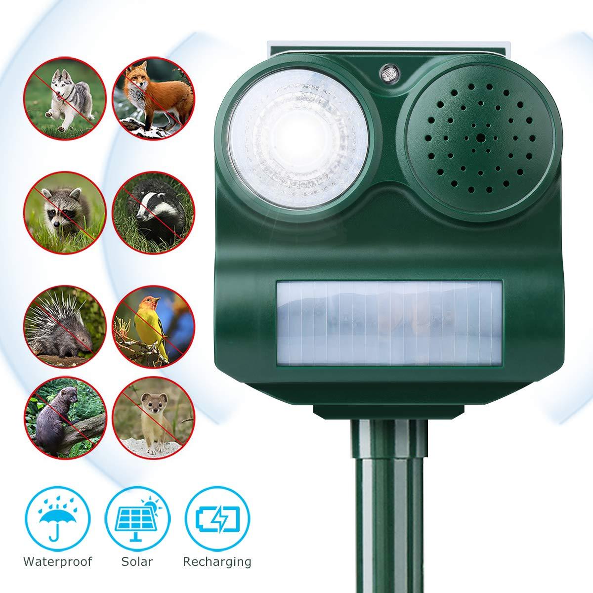 Solar Animal Repeller,CAMTOA Battery Powered Ultrasonic Pet Repellent/Animal Bird Deterrent Spike With PIR Sensor(Range: 8-10m,Frequency:12KHZ-35KHZ) For Animal on Grassland Farm Garden Yard Field (Adaptor Not Included)