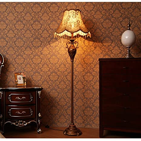 Lamparas de pie modernas lampara pie salon Lampara de pie de ...