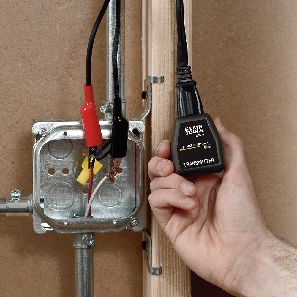 Klein Tools Et300 Circuit Breaker Finder Finds Electrical How To Install A 220v In Panel Do It Yourself Of 120v Standard Outlet
