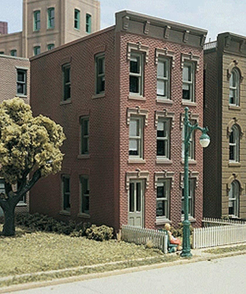 WDS10900 HO DPM Townhouse #1