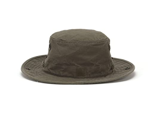 c17ce179 Tilley T3 Wanderer Hat at Amazon Men's Clothing store: