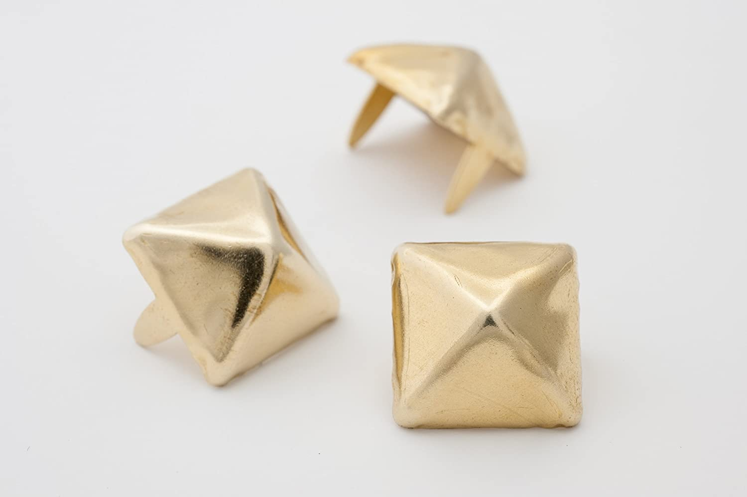 Large Pyramid Studs - Size 16 - Ideally used for Denim and Leather Work - Classic Two-Prong Studs - Available in Golden Color - Pack of 50 StudsAndSpikes