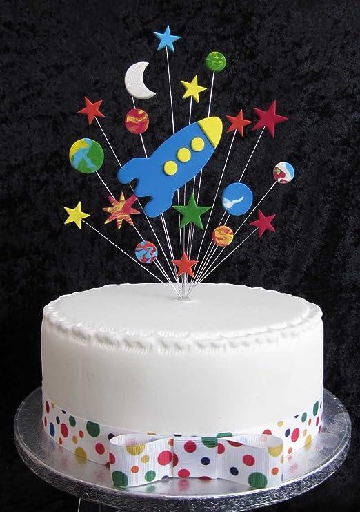 Rocket con estrellas, planetas y luna Tarta de cumpleaños ...