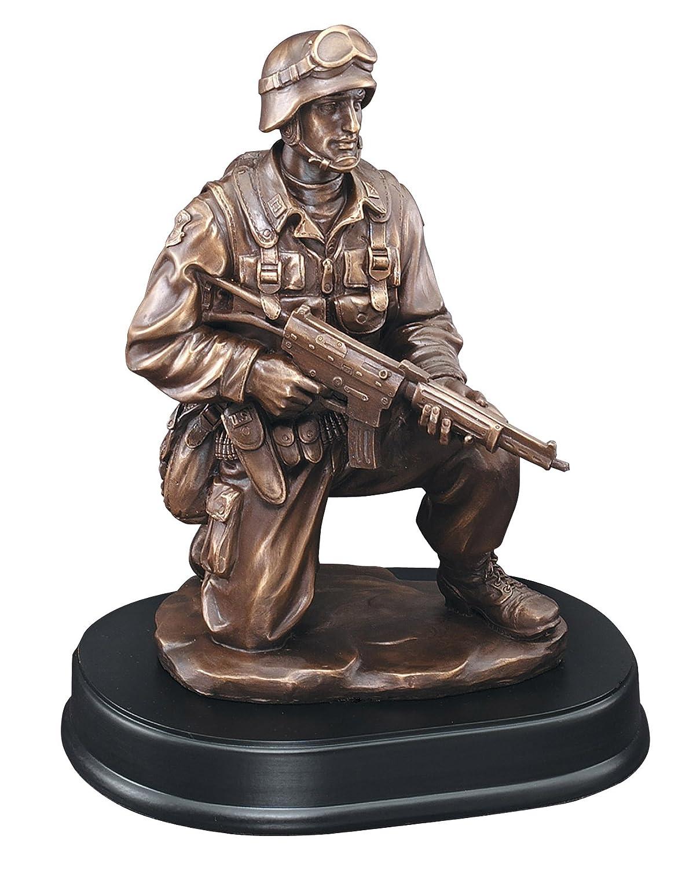 エッチングWorkzカスタマイズブロンズFinishedベース樹脂Casting Award – American Hero mil204シリーズMilitary Sculpture Trophy – ゴールドメッキ – Engraved & Personalizedフリー B07F8VW27J