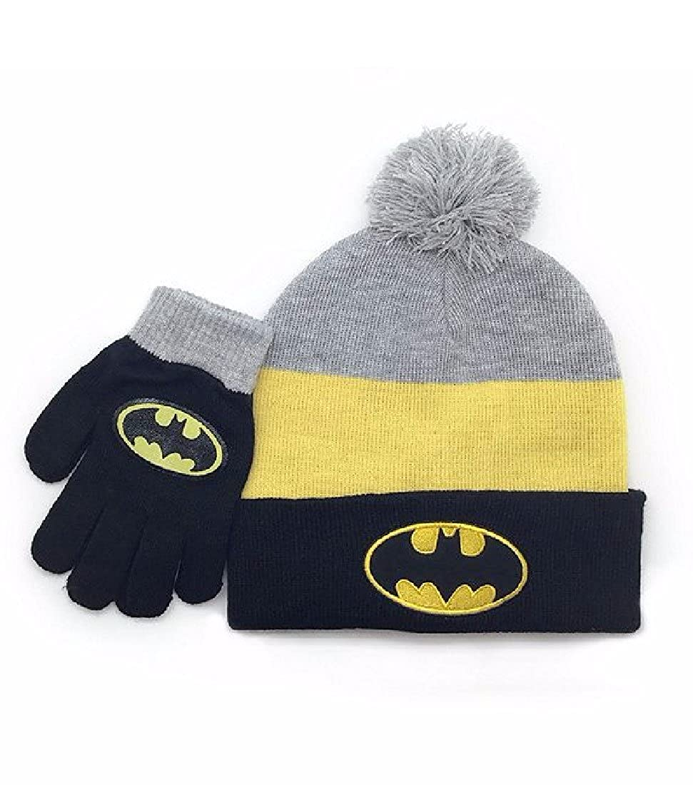 7747da25f54e8 Amazon.com  Berkshire Fashions Batman Boys  Pom Hat and Gloves Set One Size   Clothing