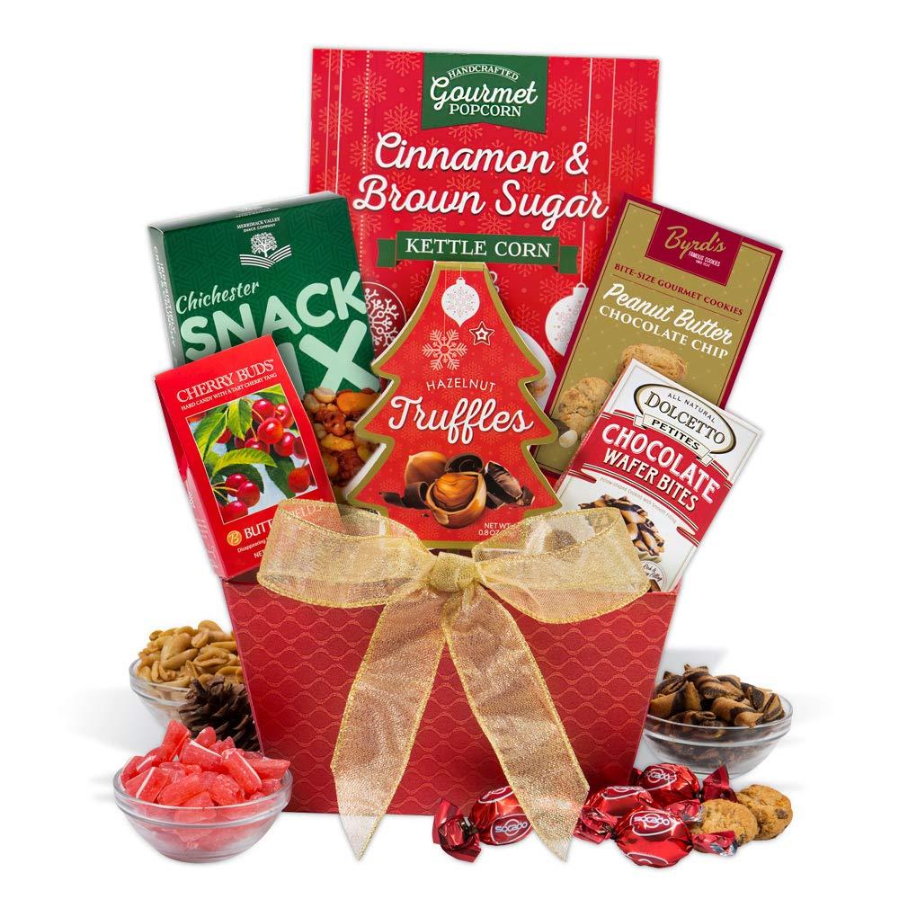 Amazon.com : Christmas Gift Basket ClassicTM : Gourmet Snacks And ...