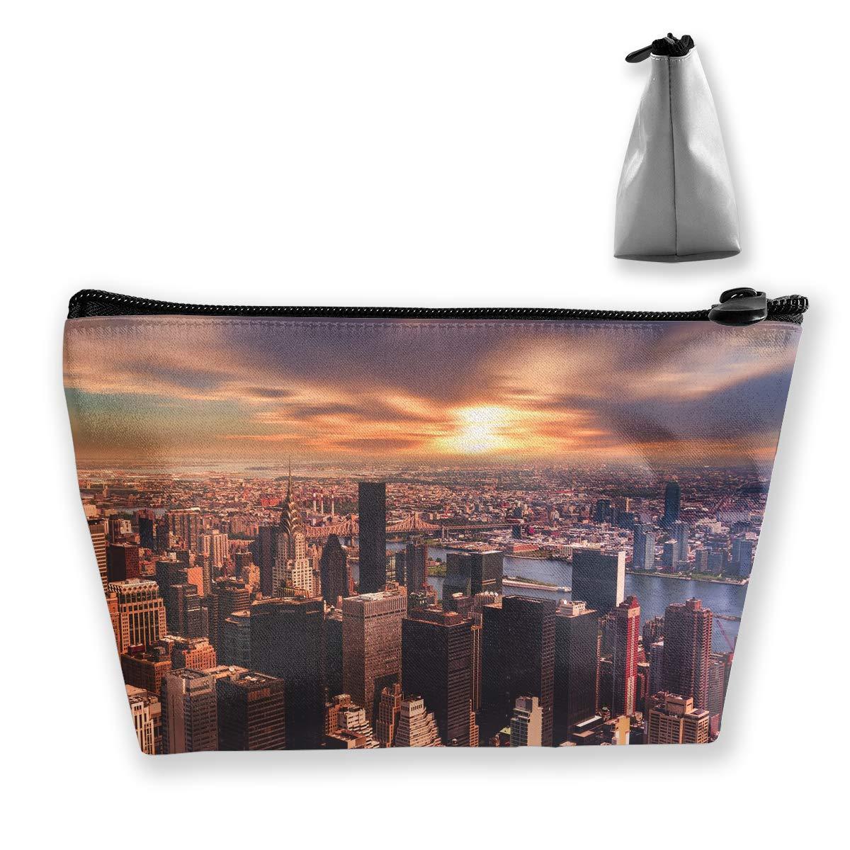 Travel Cosmetic Bags New York City Small Makeup Bag Multifunction Pouch Cosmetic Handbag Toiletries Organizer Bag for Women Girl