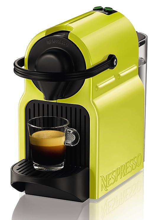 Krups Nespresso Inissia - Cafetera, sistema Thermoblock de rápido calentamiento, incluye 16 cápsulas de café, color amarillo