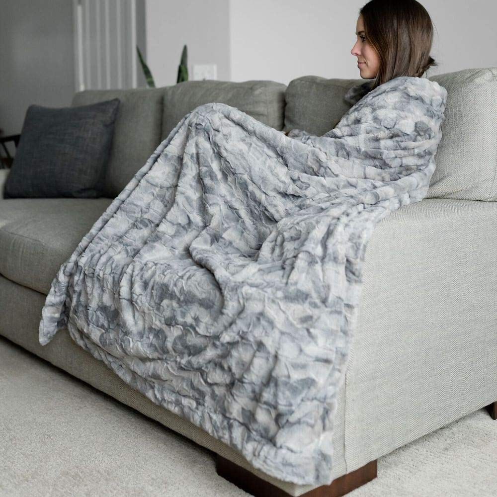 Large Super Soft Warm Elegant Cozy Faux Fur Home Throw Blanket 50″ x 60″ by Graced Soft Luxuries, Marbled Gray