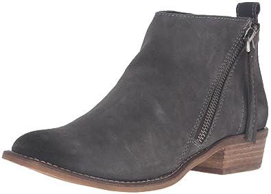 2f03e50164d3 Dolce Vita Women s Sibil Ankle Bootie